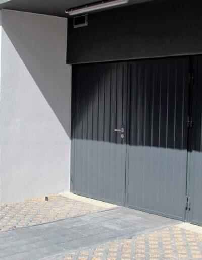 brama rozwierna do garaży zbiorczych