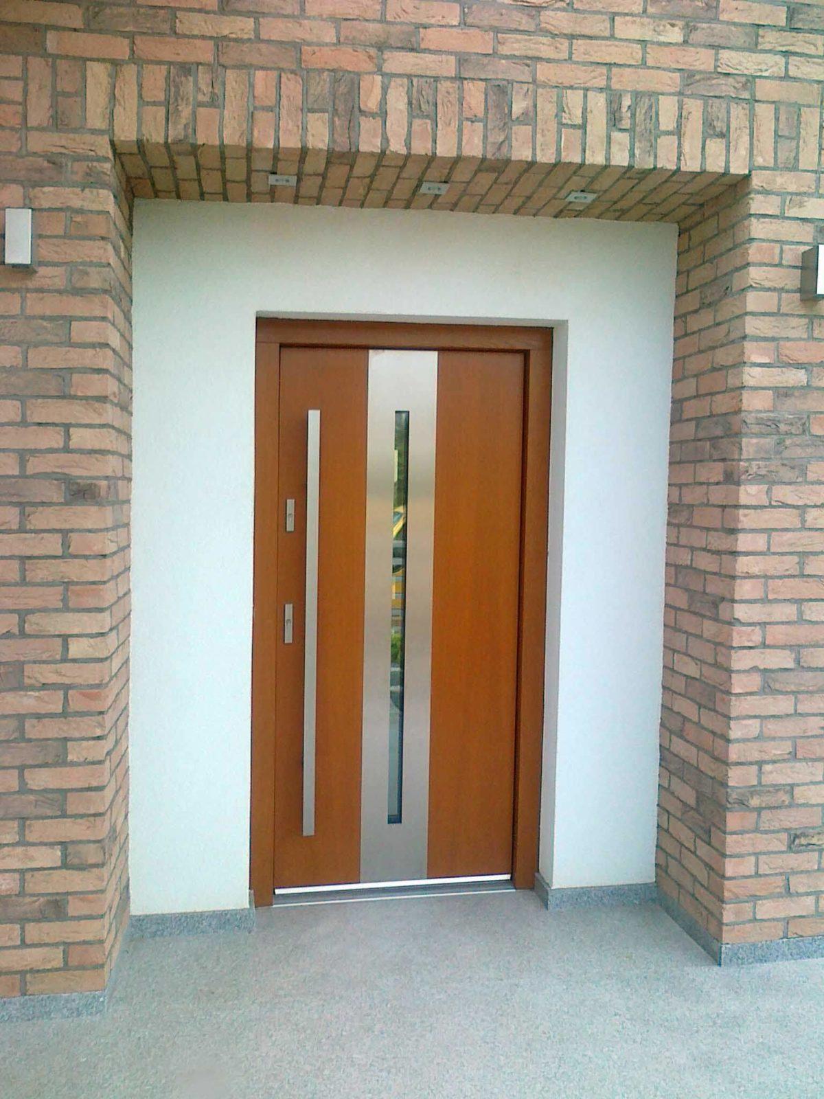 Drzwi zewnętrzne z przeszkleniem Poznań