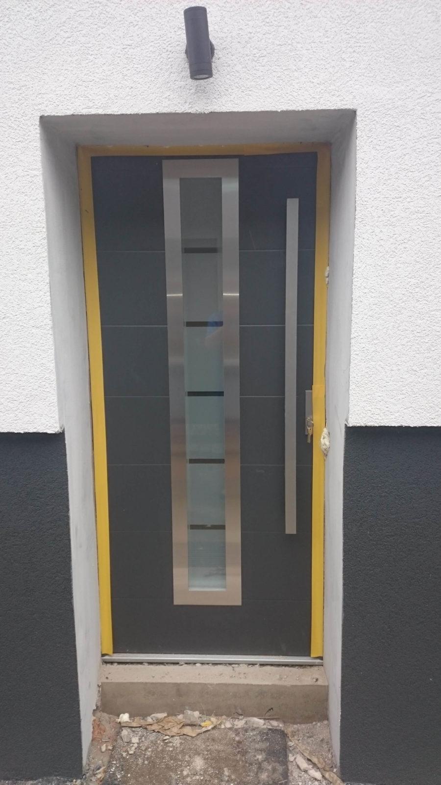 Drzwi zewnętrzne Wikęd